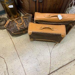 Loui vuitton luggage set